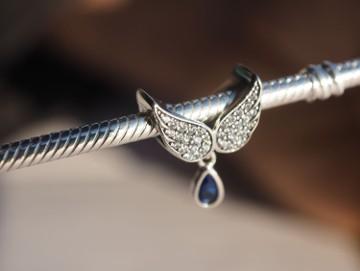 Pandora Charms koralik zawieszka skrzydła anioł anioła cyrkonie kryszt