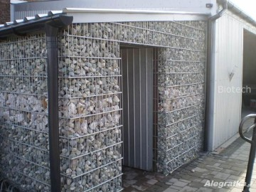 Garaż, wiata, mur z gabionów/ gabiony