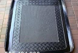AUDI A6 C6 kombi z SZYNAMI od 2004 do 2011 mata bagażnika - idealnie dopasowana do kształtu bagażnika Audi A6