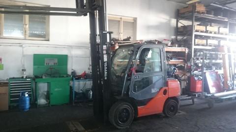 Wózek widłowy gazowy Toyota 8FGF30/2012rok Kabina Cena netto - 62,200 pln