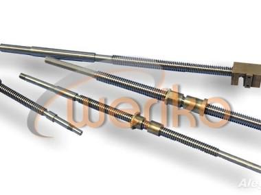 Śruba z nakrętką do suportu narzędziowego do tokarki CU580-1