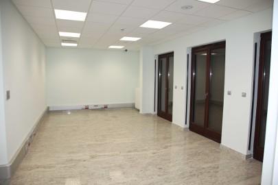 Lokal biurowy 196,51 m2 Warszawa Śródmieście wynajem ogłasza właściciel