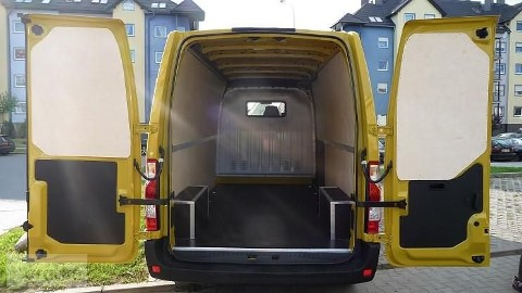 Renault Master ZABUDOWA BUSA L1H1