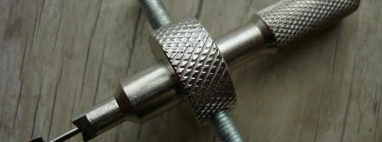kluczyk/wytrych /pick/narzędzie do otwierania zamków /kłudek-1