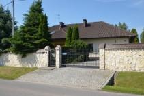 Dom na sprzedaż Kobylany  ul.  – 270 m2