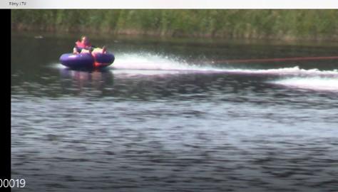 Ponton watertubing do ciągnięcia za motorówką
