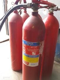 Skup gaśnic i butli gazów technicznych  i inne