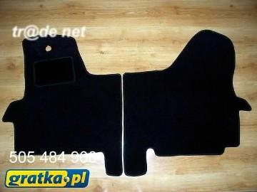 Iveco Daily IV od 2006 najwyższej jakości dywaniki samochodowe z grubego weluru z gumą od spodu, dedykowane Iveco Bus