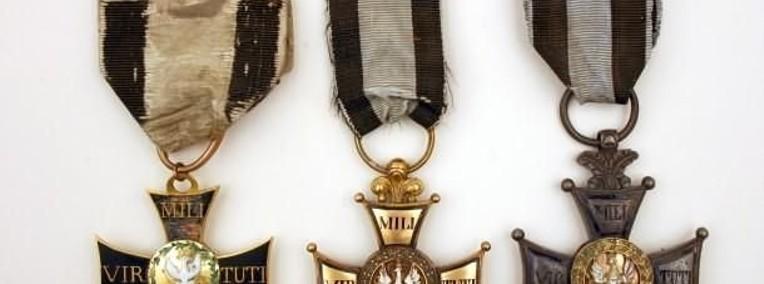 KUPIE WOJSKOWE STARE odznaczenia,odznaki,medale,ordery tel. 694972047-1