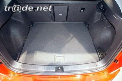 SEAT ATECA od 09.2016 r. górny bagażnik najwyższej jakości bagażnikowa mata samochodowa z grubego weluru z gumą od spodu, dedykowana SEAT