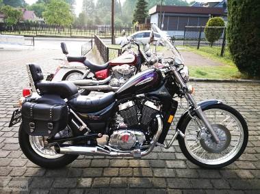 Suzuki Intruder VS 800-1