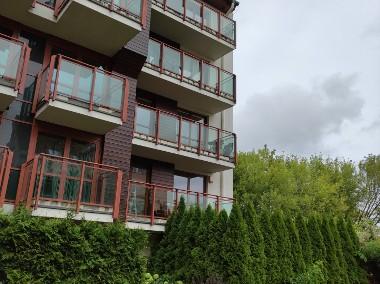 Mieszkanie, 4 pokoje, dwa balkony, winda, bezpośrednio -1