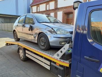 Laweta Kąkolewo,Pomoc drogowa Kąkolewo,auto pomoc, holowanie, wyciaganie aut z rowów, Transport pojazdów, maszyn rolniczych do wagi 2700 kg.
