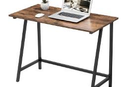 Nieduże biurko w stylu industrialnym, rustykalnym, loft.