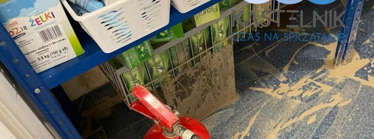 Kastelnik - sprzątanie po zalaniu Głuchołazy, dezynfekcja po wybiciu kanalizacji-1