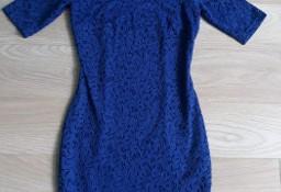 Piękna szafirowa koronkowa sukienka Orsay