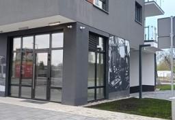 Do wynajęcia lokal narożny z witrynami 32 m2 Ursus - Szamoty