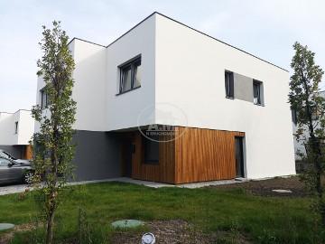 Dom Wrocław Krzyki, ul. Starodworska