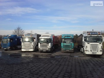Transport, wynajem samochodów 12 i 25 tonowych na godziny