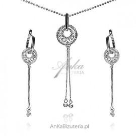 Komplet biżuteria srebrna z maleńkimi cyrkoniami