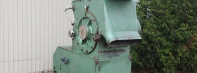 młyn do tworzyw  -   duzy-silnik 55KW-1