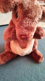 kangur plecaczek maskotka 23 cm