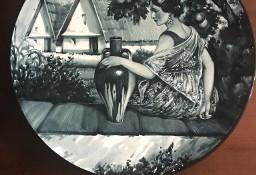 Talerz postać kobiety/ ręcznie malowany