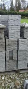 Kamień łupany na słupki ogrodzeniowe 25x25x25-3