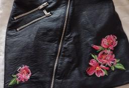 (34/XS) H&M/ Skórzano - haftowana spódnica, spódniczka