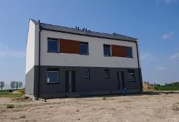 Segment w budynku jednorodzinnym dwulokalowym solidnie wykonany