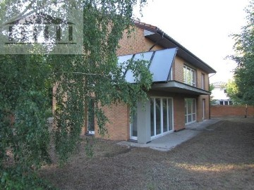 Dom Łomianki