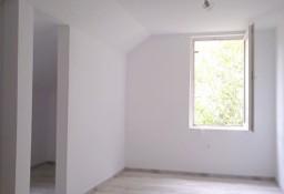 Wykończona kawalerka na I piętrze.  Łódź - Górna.