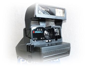 Kolekcjonerski aparat Polaroid Close UP 636 w kartoniku. Śliczny!