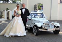 Wypożyczalnia zabytkowych samochodów do ślubu Kabriolet do wynajęcia na wesele RETRO limuzyny ślubne Auta weselne Excalibur Nestor Baron