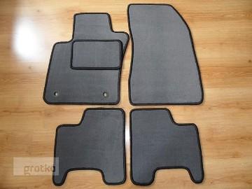 JEEP RENEGADE od 09.2014 r. do teraz najwyższej jakości dywaniki samochodowe z grubego weluru z gumą od spodu, dedykowane