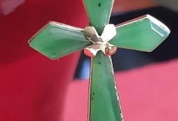 Złoty Krzyżyk Zawieszka Wisiorek z Jadelitu