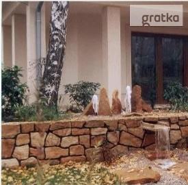 Kamień do budowy ogrodzeń na ogrodzenia mury murki skalne piaskowiec