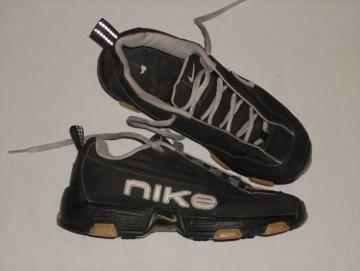 Buty Sportowe NIKE 38,5 24,5cm
