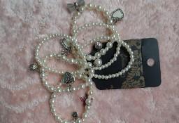 Hiszpański ZESTAW 6 bransoletek perłowych z zawieszkami, bransoletka x6/ NOWY