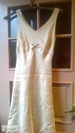 Kremowa sukienka z marynarką
