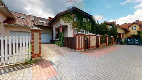 Dom Komorów, ul. Kujawska