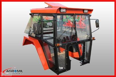 Kabina ciągnikowa do ciągnika C 360 LUX z błotnikami SZYSZKA CE