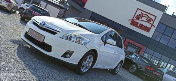 Toyota Auris I Hybryda !!! Światła LED do jazdy dziennej !!!