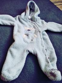 kombinezon niemowlęcy 68 74