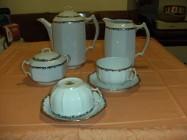 Serwis kawa-herbata na 12 os cieniutka biała porcelana