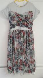 Rozkloszowana sukienka w kwiaty ASOS 46 XXXL 3XL szyfon zwiewna lekka wesele