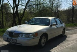 Lincoln Town Car III Signature Series Zadbany