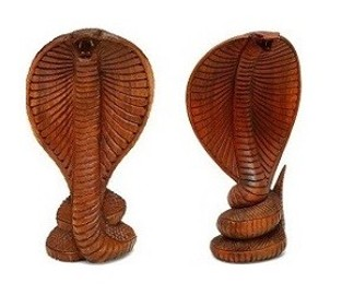 piękna drewniana kobra - 30 cm