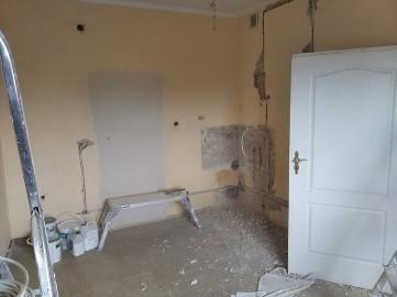 usługi remontowe,montaż drzwi