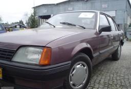 Opel Rekord ZABYTKOWY